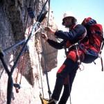 In arrampicata sul pilone centrale